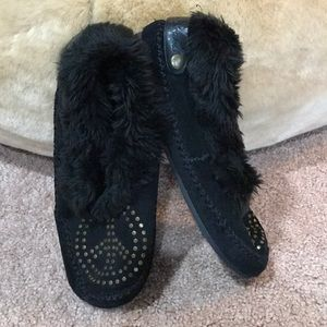 Lucky Brand Black Suede Peace Sign Moccasins